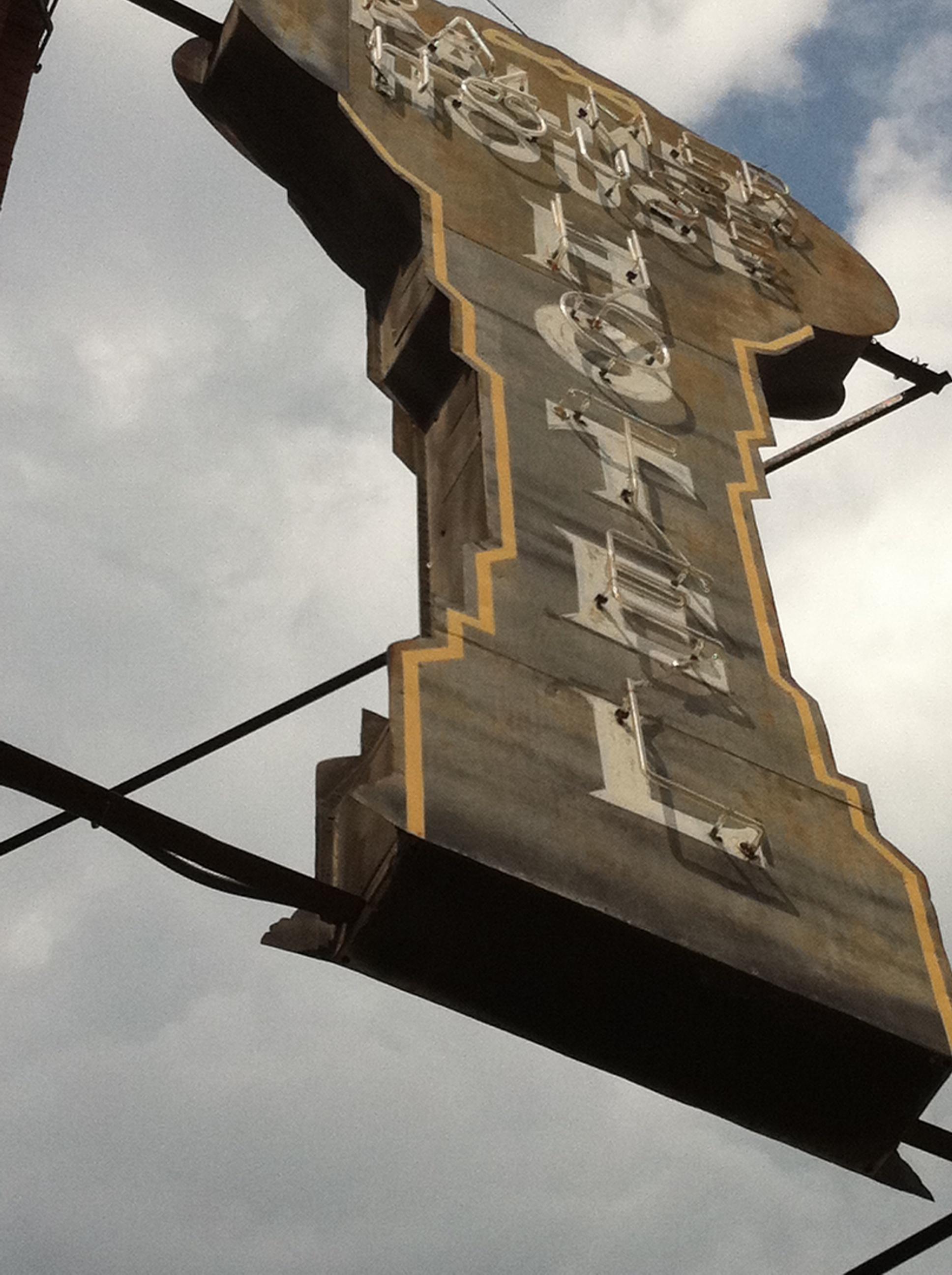 Prairie Home: Walking Sinclair Lewis\' \