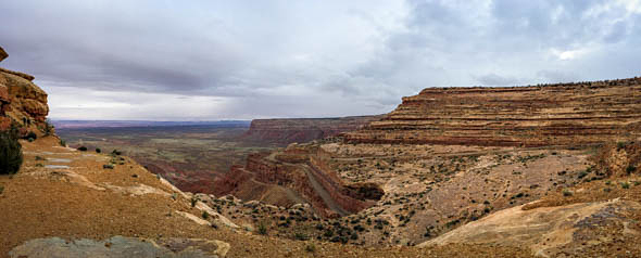 The Moki Dugway is a 3 mile, nicely graded dirt road descending at about an 11% grade into The Valley of the Gods.