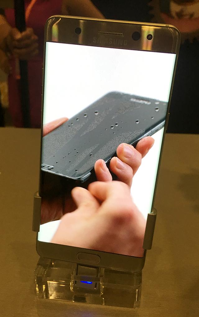 Wet Samsung Galaxy Note 4