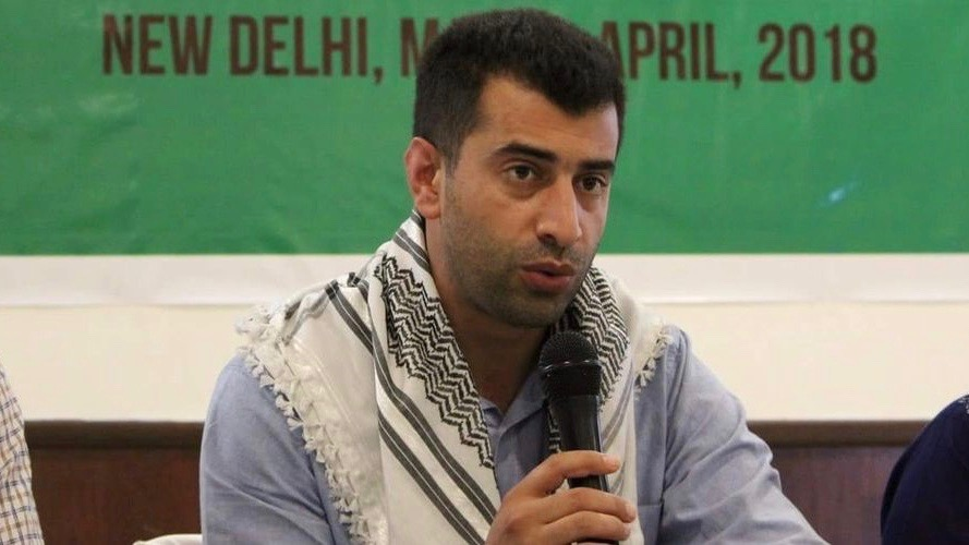 Israeli Soldiers Arrest BDS Coordinator in Occupied Palestine
