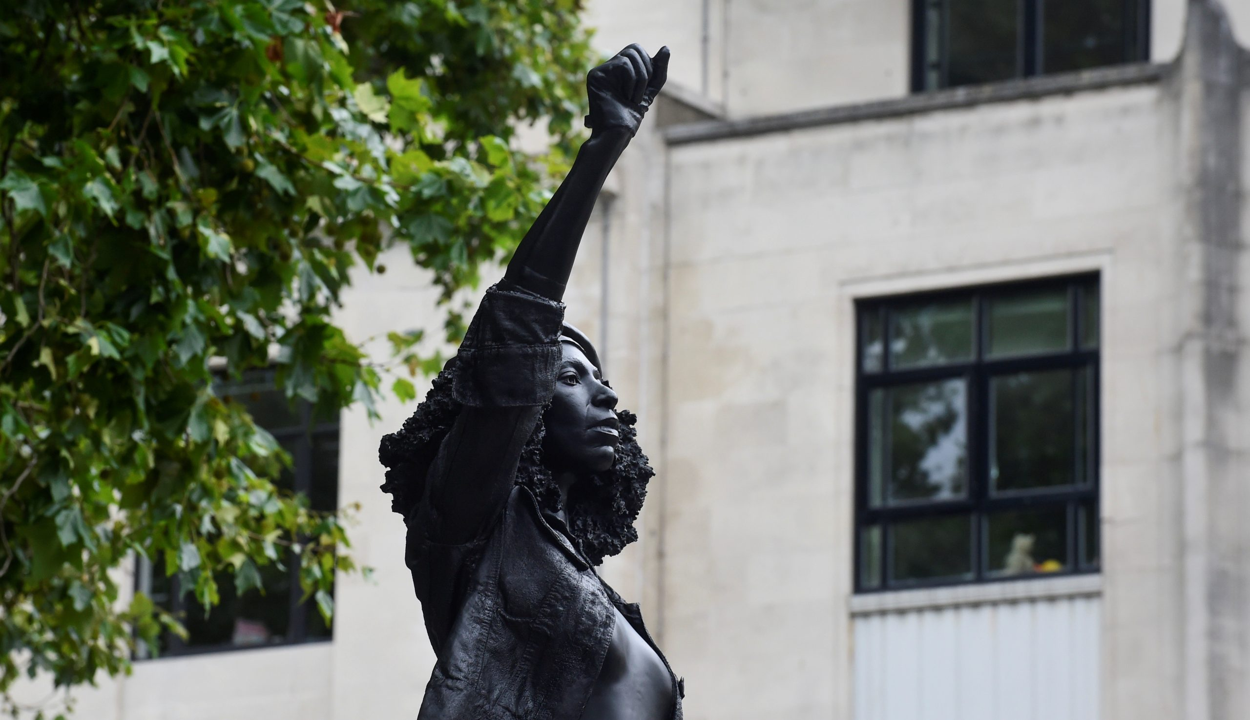 "The English Slavers and the ""Battle of Statues"" at Bristol"