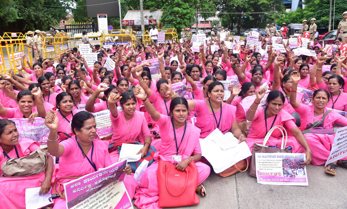 Stand in Solidarity with ASHA Workers!