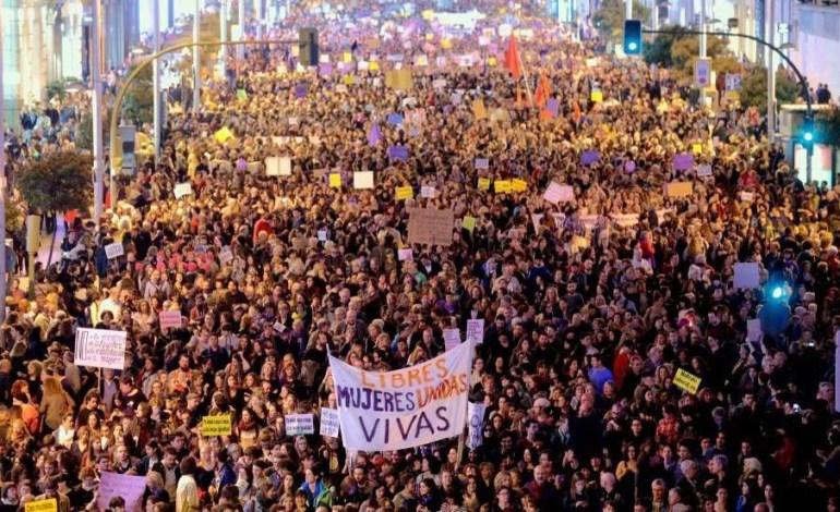 Um 8 de março que ressoou em todo o mundo: Internacionalista e combativo