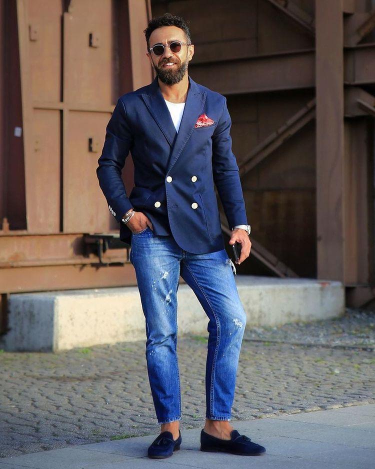 30代40代メンズに似合う紺ジャケ春コーデ