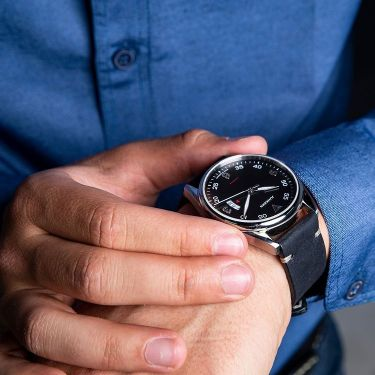 イケてる10万円以内の時計が欲しい!30代メンズに似合う18本