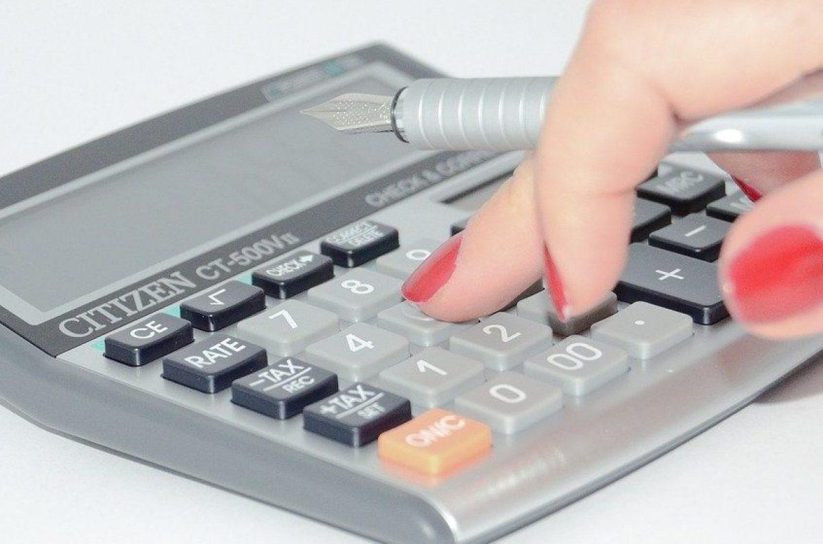 calculator, hand, calculate-428294.jpg