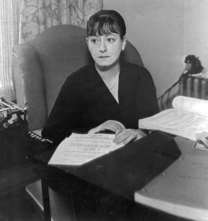 Dorothy-Parker-1939