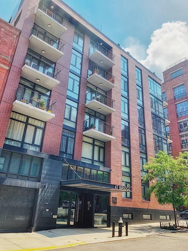 Dumbo apartment building