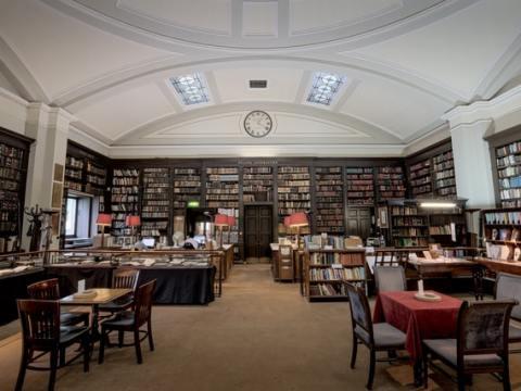 """""""Berge lesen"""": Ein Aktionsangebot an den Buchhandel: Großer Auftritt für die Alpenliteratur"""