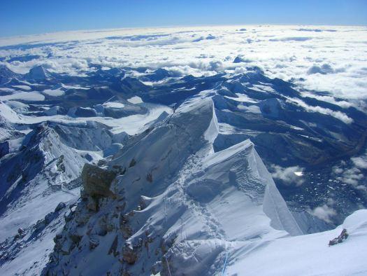 Everest cima