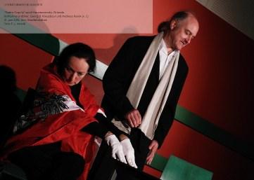 """Im Rahmen der """"Literaturwoche Ulm 2015″ gastierte das Wiener """"Teatro Caprile"""" mit einer furiosen Revue der skurrilen Szenen von Fritz von Herzmanovsky-Orlando."""