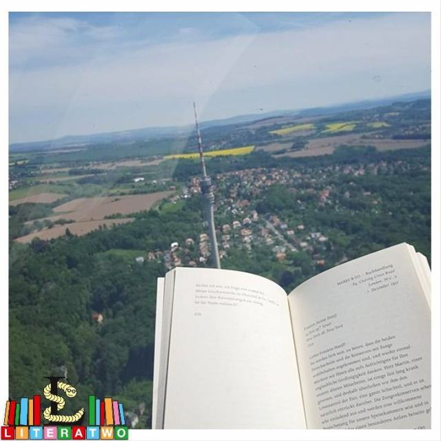 Literatwo im Helikopter
