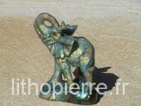 Eléphant en labradorite
