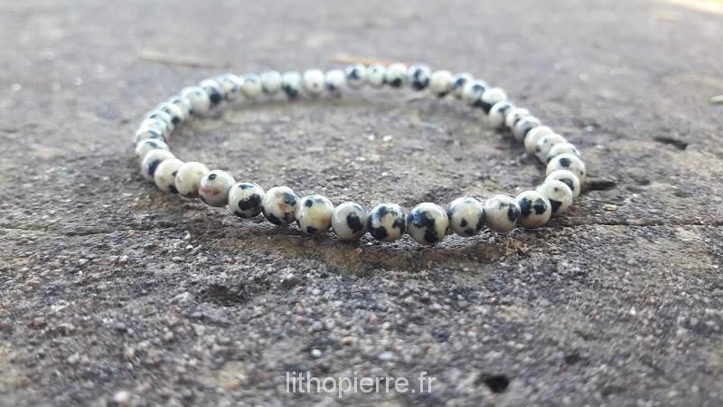 Bracelet en 4 mm jaspe dalmatien
