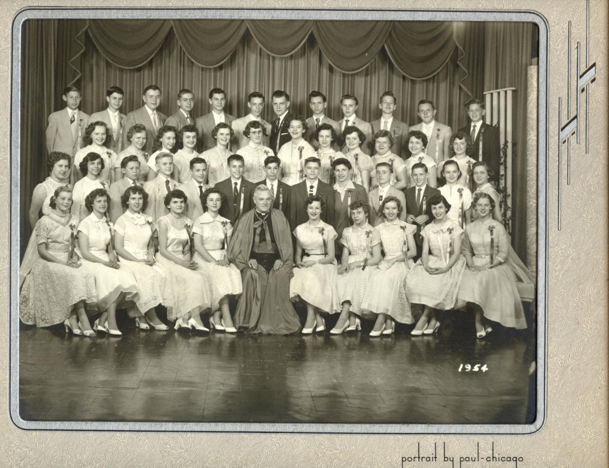 1954_Graduating_Class_med