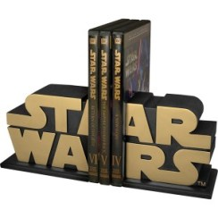 http://www.geekbutiken.se/star-wars/star-wars-gold-edition-bokstöd.html
