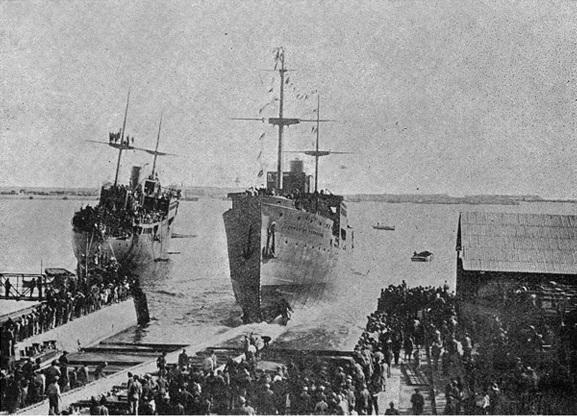 Спуск «Ciudad de Tarragona» на воду