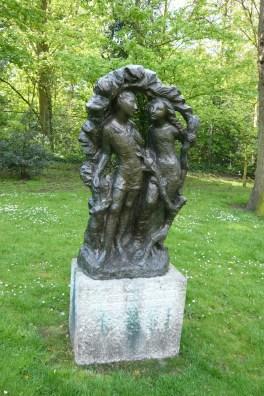памятник Маленькому Иоганнессу в парке города Гаарлем