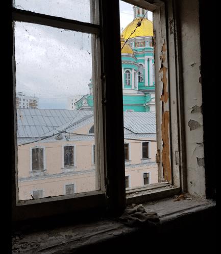 Вид из окна усадьбы А.Л.Демидова и сегодня потрясающий!