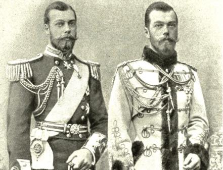 Король Георг V (слева) и Николай II