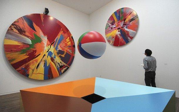 Damien Hirst And Yayoi Kusama At Tate Modern Little Aesthete