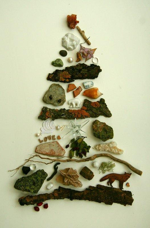 alternative christmas tree by lady magpie 2