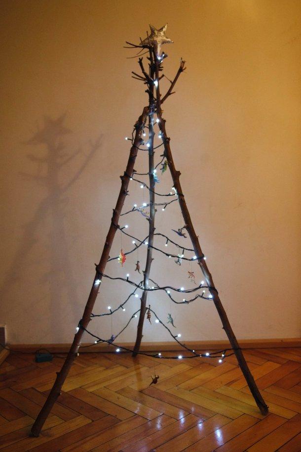 alternative christmas tree by kittenhood 1