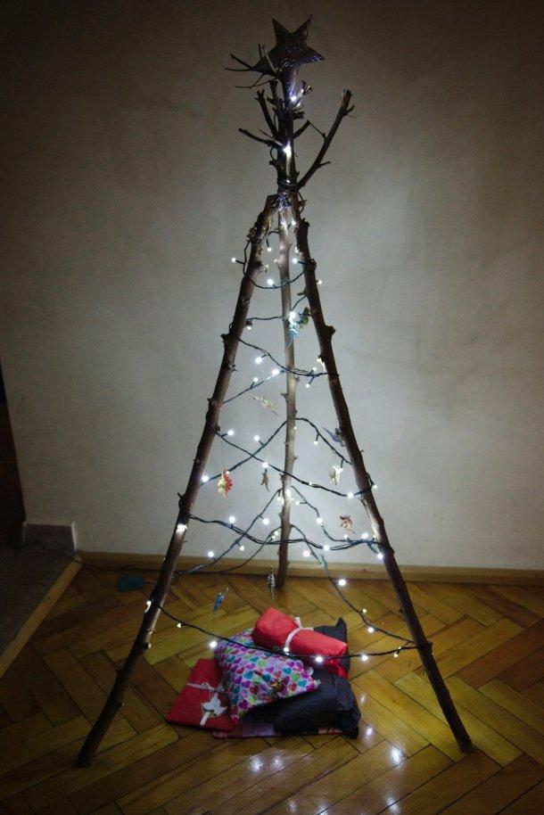 alternative christmas tree by kittenhood 4