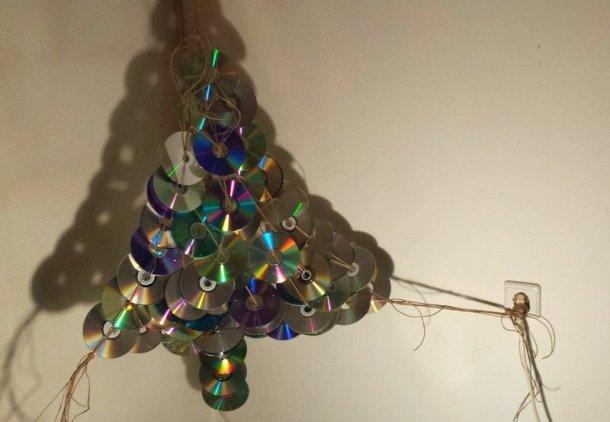 alternative christmas tree by mihaela dancs 7