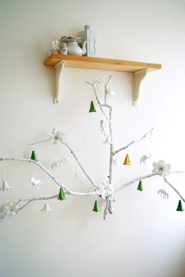 alternative christmas tree by amalia dulhan 13
