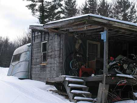 shed1-small.jpg