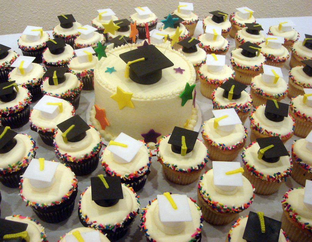 Graduation Cakes – Decoration Ideas