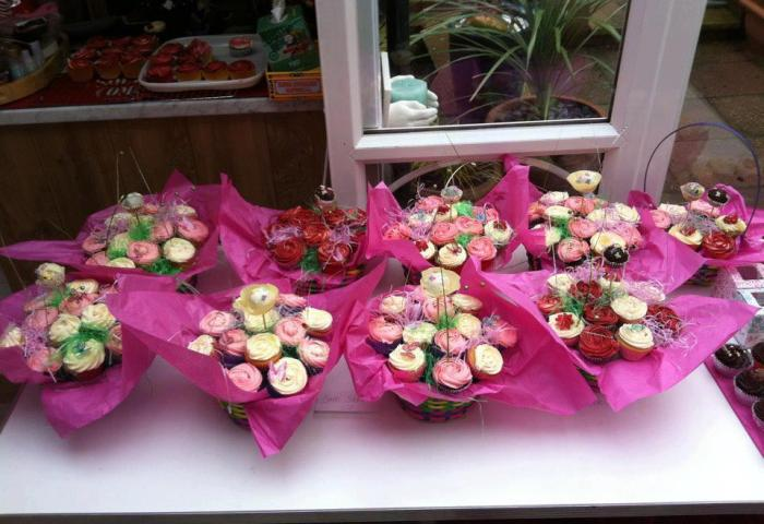 Cupcake Bouquet Baskets Little Beauties Cupcakes