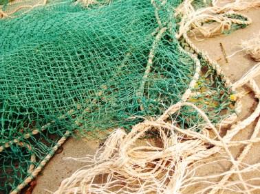 Fischernetze auf Beton, Jinshan