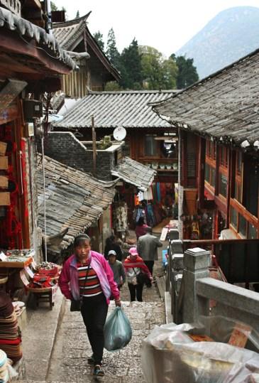 Bergauf, Lijiang Old Town