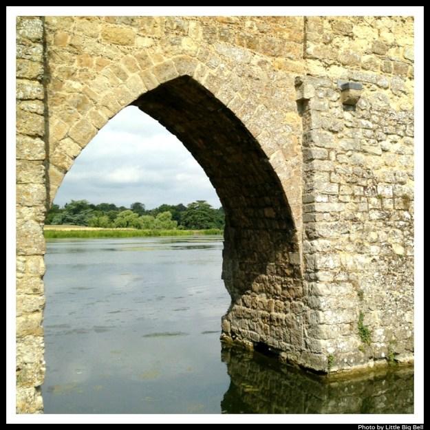 Leeds-castle-arch