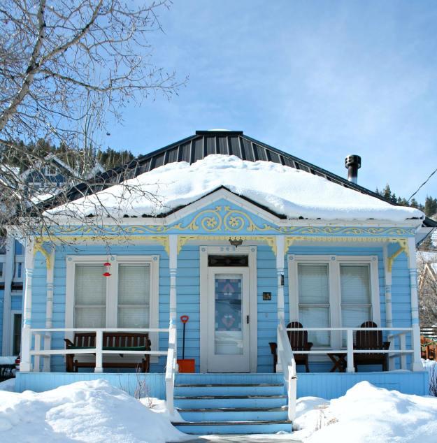 Park-city-heritage-houses-1-Slat-Lake-City-photos-by-Geraldine-Tan-of-Little-Big-Bell-blog