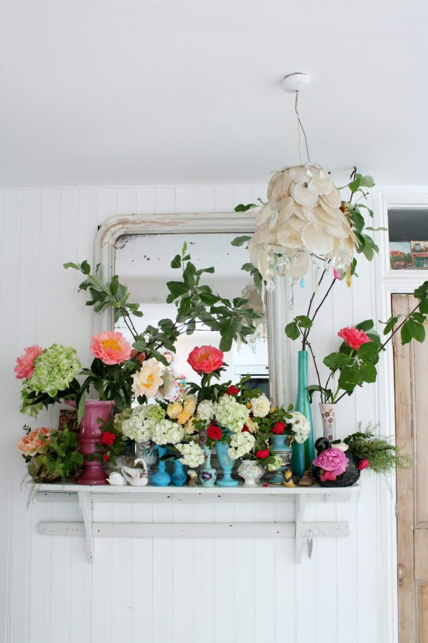 Floral-mantlepiece-photo-by-Little-Big-Bell