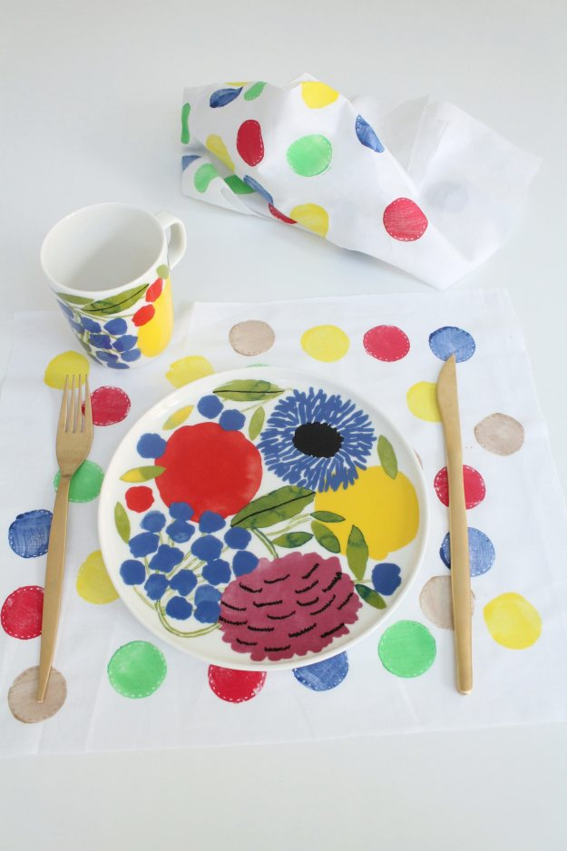 Colourful-placemat-DIY-hack-Little-Big-Bell