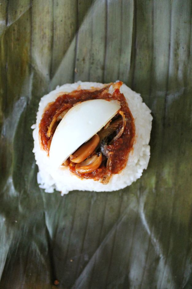 Nasi-lemak-at-the-Datai-photo-by-Little-Big-Bell