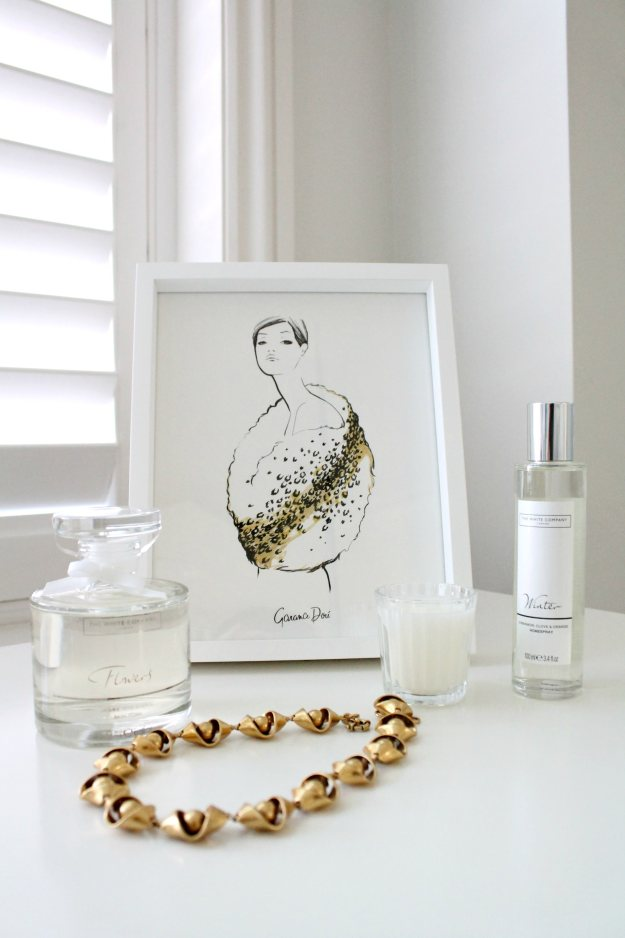 Christmas-gift-ideas-for-her-The-White-Company-photo-and-styling-by-Little-Big-Bell