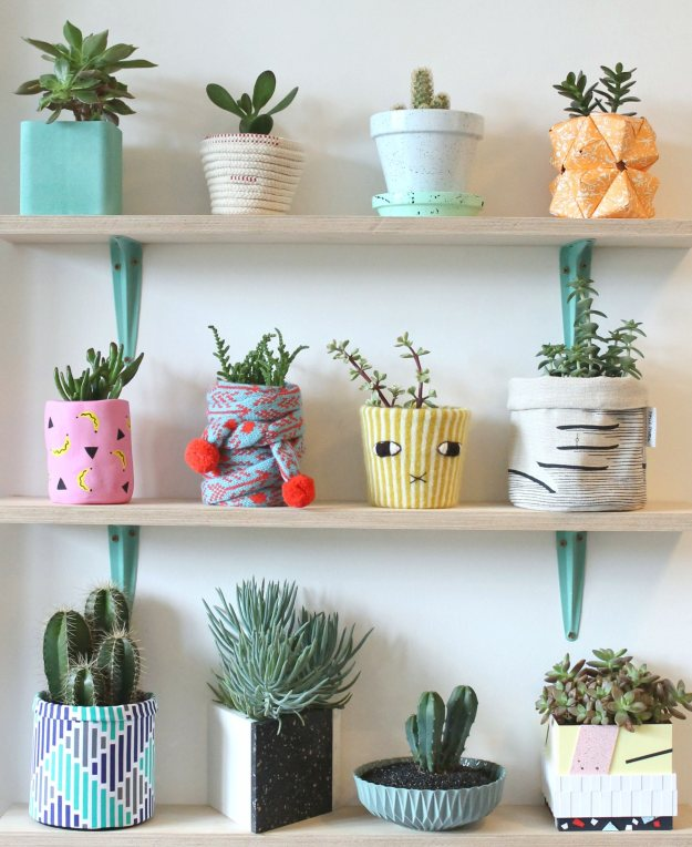 Colourful-shelfie-photo-by-Little-Big-Bell