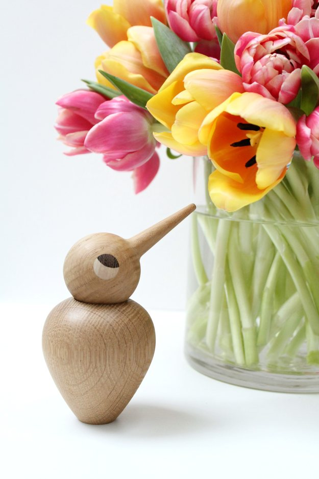 Spring-Tulips-styled-by-Geraldine-Tan-of-Little-Big-Bell