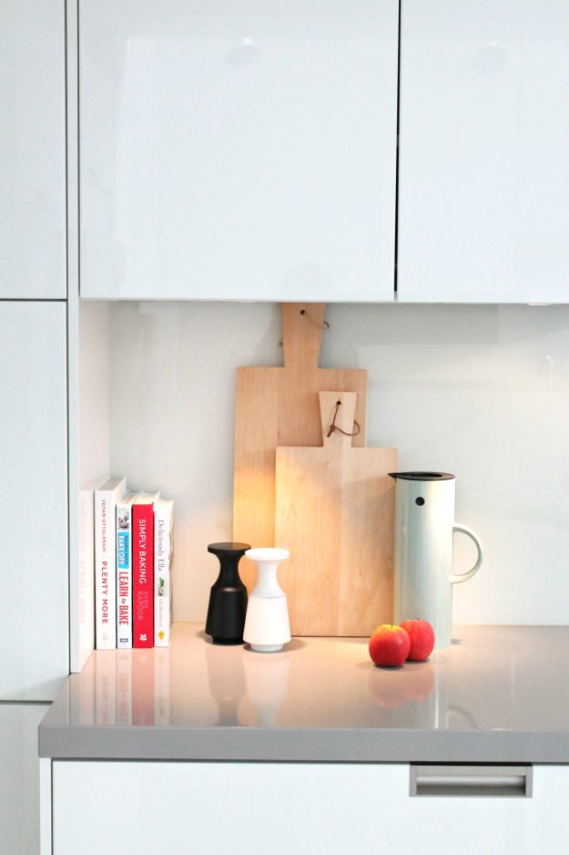 Kitchen-worktop-lighting-styling-and-photo-by-Little-Big-Bell