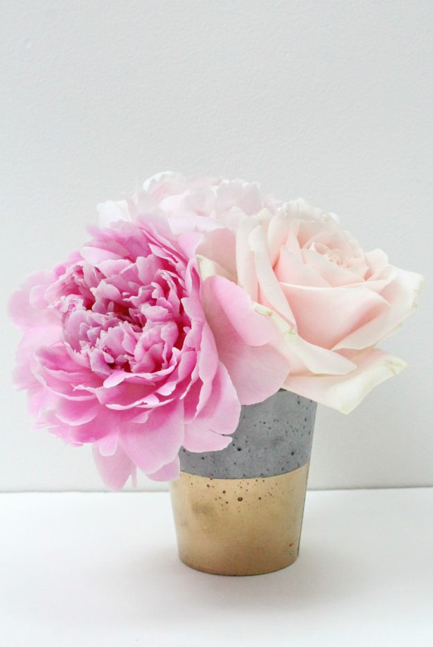 Concrete-vase-Trouva-photo-by-Little-Big-Bell