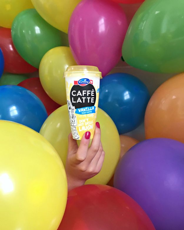 emmi-caffee-latte-balloons-photo-by-Little-Big-Bell