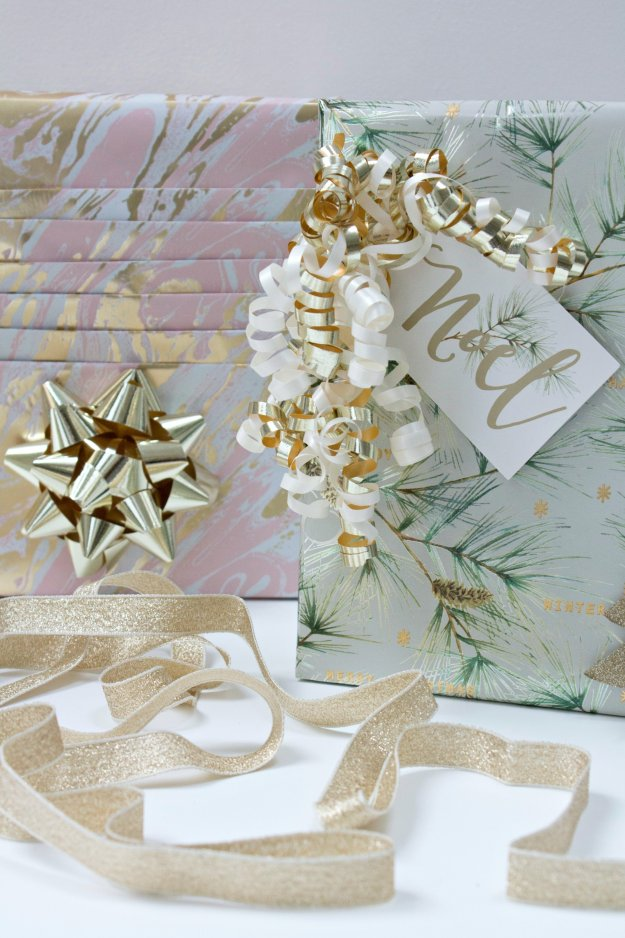 gift-wrapping-for-christmas-photo-by-little-big-bell