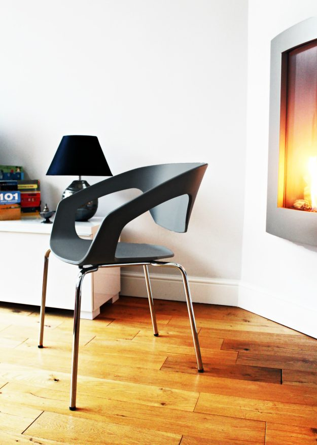 buoyant-basics-chair-dehelvi-little-big-bell