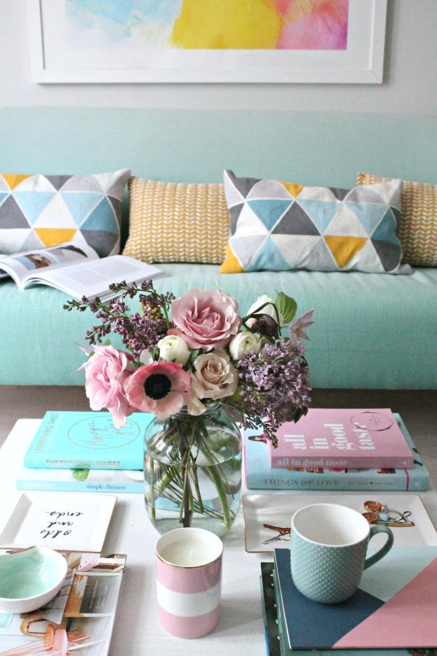 Spring-decor-living-room
