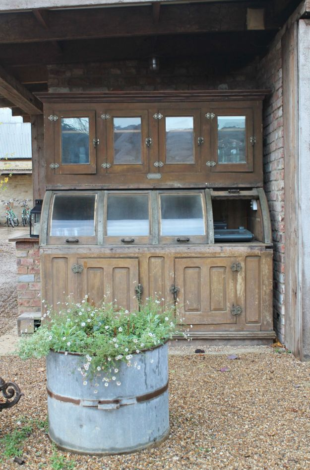 vintage-furniture-soho-farmhouse-little-big-bell